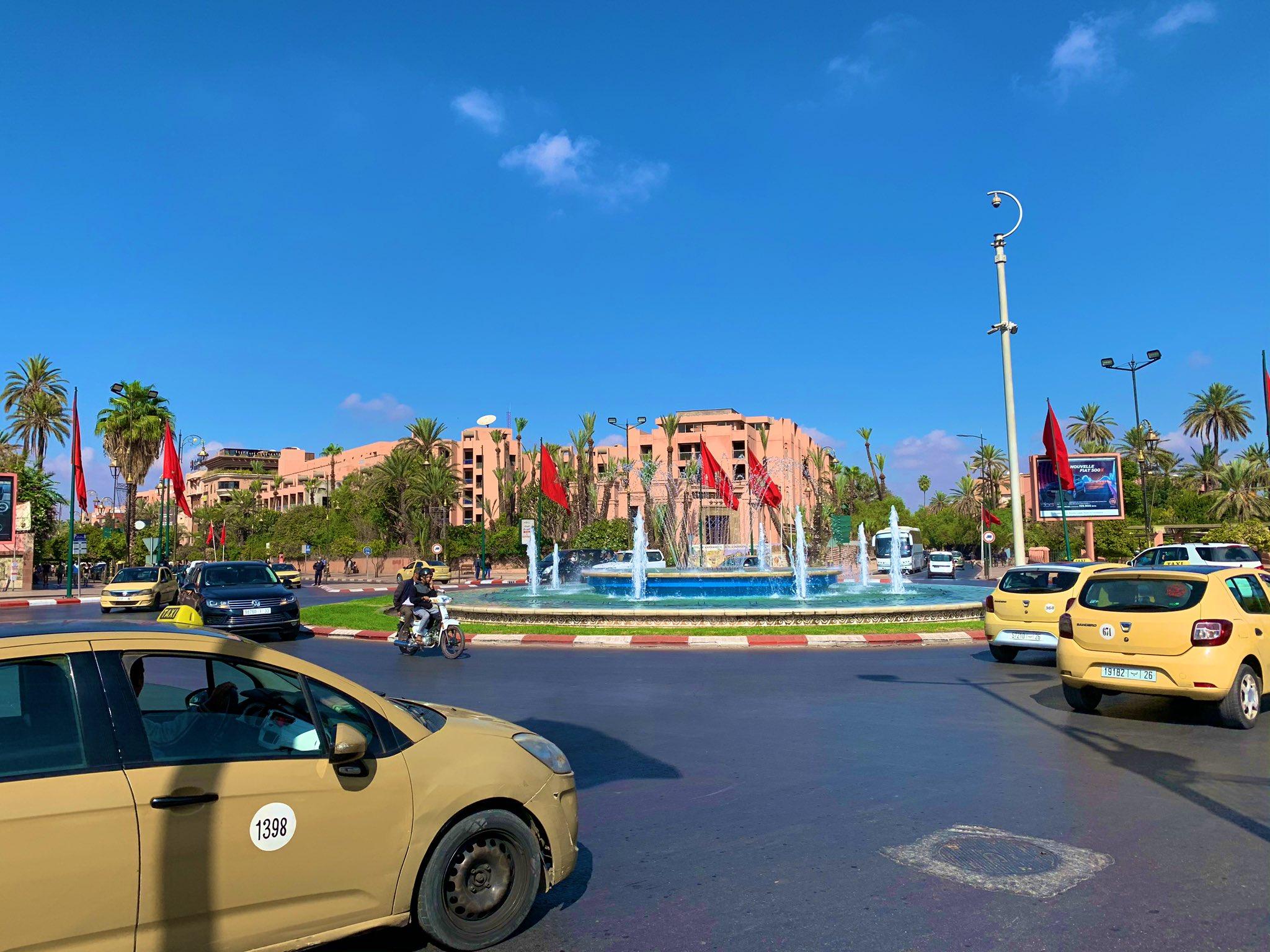 paseo por gueliz marrakech